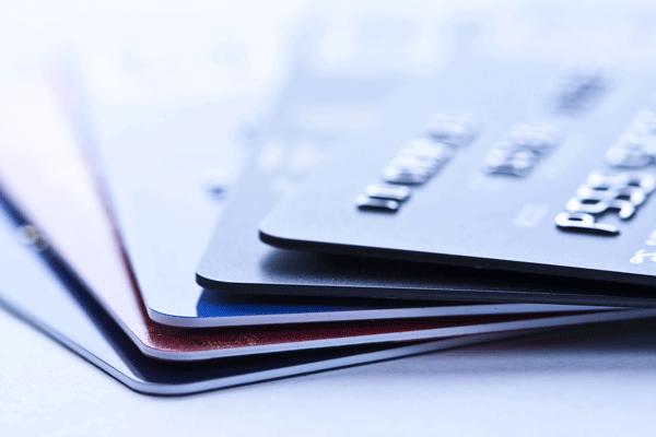 生活費を複数のカードでお得に支払いたい人におすすめのクレジットカード